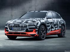 Audi also join the league of full-electric vehicle by unveiling e-tron Prototype at Geneva International Motor Show. These one is first full EV that ready for production & company say e-tron launches on the European market at the end of Best Electric Car, Electric Cars, Electric Vehicle, Audi A6, Top 10 Suv, Honda, Geneva Motor Show, Automobile Industry, Car Wallpapers