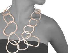 Maria Solórzano  - collar arandelas grande