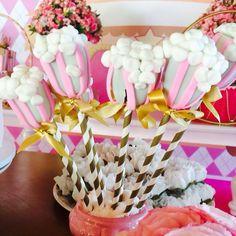 Cakepop circus Circus party Circo rosa