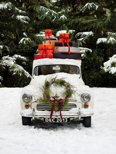 Vintage truck, presents