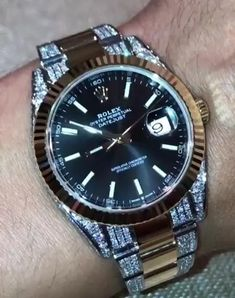 Army Watches, Rolex Watches For Men, Best Watches For Men, Luxury Watches For Men, Cool Watches, Unique Watches, Watches For Men Affordable, Fossil Watches For Men, Breitling Watches