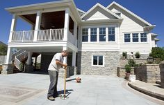 images about Carport deck Carport Sheds, Diy Carport, Cottage Design, Cottage Style, House Design, Deck Entrance Ideas, Screened In Deck, Holland House, Home Porch
