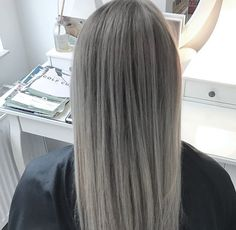 Grey Hair, English, Long Hair Styles, Beauty, Ash Grey Hair, Beleza, Gray Hair, Long Hairstyle, English Language