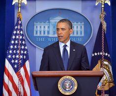 Após explosões em Boston, Obama reforça segurança nos EUA | Bombas explodiram durante maratona, matando dois e ferindo dezenas. Segundo agência de notícias, governo considera que ataque é terrorista. http://mmanchete.blogspot.com.br/2013/04/apos-explosoes-em-boston-obama-reforca.html#.UWyf_rVQGSo