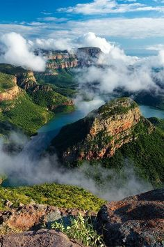 Blyde River Canyon is Mpumalanga, South Africa. It is a 26 km long, 2500 deep canyon covered with vegetation, making it the largest green canyon in the world. Read more: AfricVilla: Today's photo: Blyde River Canyon, South Africa Places Around The World, Oh The Places You'll Go, Places To Travel, Places To Visit, Around The Worlds, Travel Destinations, Travel Tours, Travel Hacks, Beautiful World