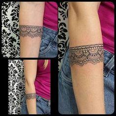 Resultado de imagem para tatuagem bracelete feminina