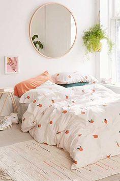 New room decor urban bedrooms duvet covers ideas Bedroom Inspo, Bedroom Colors, Home Bedroom, Bedroom Decor, Bedroom Ideas, Bedroom Furniture, Decorating Bedrooms, Master Bedrooms, Accent Furniture