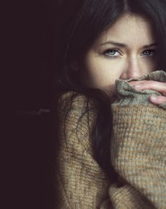 het is een best donker plaatje en het ziet er ook een beetje winter achtig uit ~Annemarie