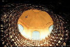 1997 installation by Tadashi Kawamata