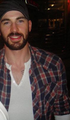 Chris Evans | Everything about him is just adorable! <3<3<3 -B.R.
