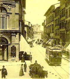 1930: Via Panzani that from Duomo goes to the Santa Maria Novella area