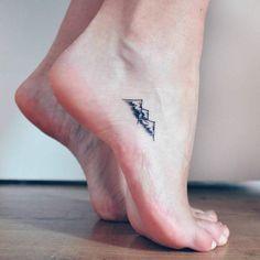 38 x de leukste ideeën voor een kleine tattoo op je voet