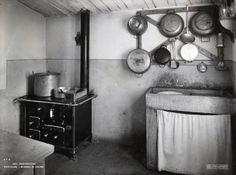 Perticara - Miniera di zolfo - Casa degli operai - Cucina
