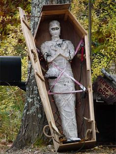 Five Coffin Ideas for Halloween
