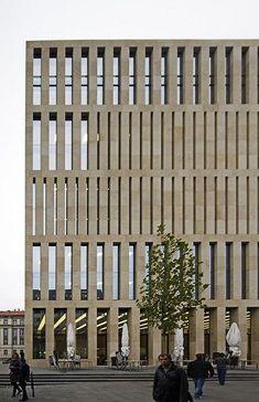 Jacob und Wilhelm Grimm Zentrum #architecture #facades