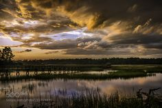 Sunset showers by Farnsworth #nature #travel #traveling #vacation #visiting #trip #holiday #tourism #tourist #photooftheday #amazing #picoftheday