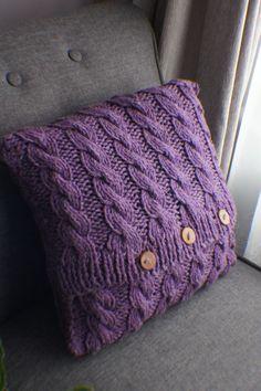 Cable Knit, Decorati