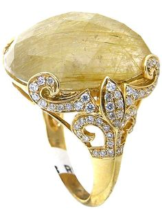 One of a kind 18Kt gold high-fashion ring