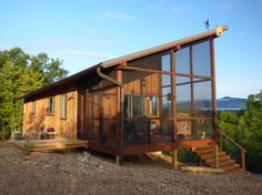 Small Modern Cabin, Modern Tiny House, Tiny House Cabin, Cabin Homes, Log Homes, Tiny Homes, Small Cabins, Small Houses, Modern Cabins