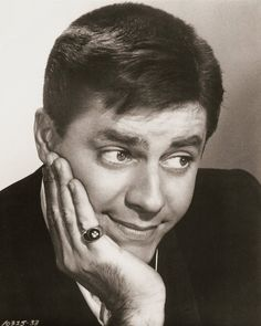 Joseph Lewis was the youngest son of comedian Jerry Lewis, and former big band singer Patti Palmer Lewis. Description from thefemalecelebrity.com. I searched for this on bing.com/images