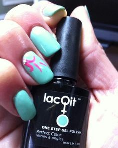 LacQit One Step gel Polish Mint in a Minute and Hit the Beach. 1 easy step 30 second cure !