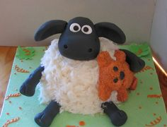 Shaun the Sheep Cake Animal Birthday Cakes, Farm Animal Birthday, Baby Birthday Cakes, Little Boy Cakes, Cakes For Boys, Shaun The Sheep Cake, Girl 2nd Birthday, Birthday Ideas, Timmy Time