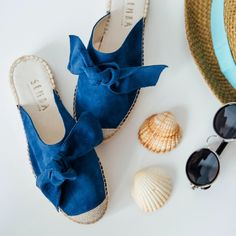 Sanaa mule with bow indian blue Suede Leather, Soft Leather, Indian Blue, Mule Sandals, Espadrilles, Slow Fashion, Sustainable Fashion, Comfy, Stylish