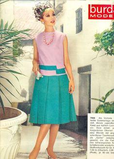 Просмотр изображения / 1960s Fashion Women, Retro Fashion, Vintage Fashion, Womens Fashion, 1960s Dresses, Vintage Dresses, Vintage Outfits, Pink And Green Dress, Vintage Magazines
