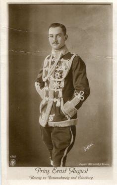 Prinz August Braunschweig in Husarenuniform 1913