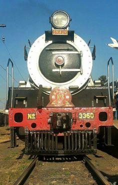 Rovos Rail  South Africa Locomotive, Dar Es Salaam, Train Journey, Cape Town, South Africa, Sailing, Wheels, Memories, Vintage