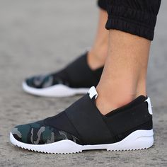 Find More Men's Casual Shoes Information about 50% off hot sale brand fashion Camouflage men shoes bteathable canvas shoes male casual slip on boat shoes Increased,High Quality shoes thong,China shoe cord Suppliers, Cheap shoe carnival womens shoes from Fashion Boutique Discount Stores on Aliexpress.com