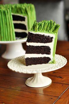 Cake that looks like real asparagus AMAZE