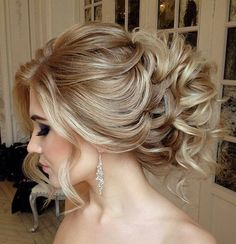 curly+loose+wedding+updo