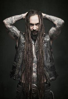 Tomi Joutsen from Amorphis - Terhi Ylimäinen Photography Death Metal, Helsinki, Band Website, Open Air, Spooky Places, Band Photos, 2 Photos, Swan Song, Castle Rock