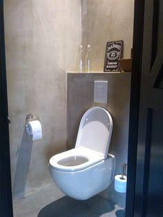 Toilet onder de trap
