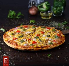 The ongoing argument about the origin of pizza is one that does not seem to have a climax anytime soon. Since pizza is so strongly associated with the Italians, they were probably the ones that invented it, correct? Deep Dish, Fried Pizza, Order Pizza Online, Pizza Call, Pizza Delivery, Favourite Pizza, How To Make Pizza, Thin Crust, Pizza