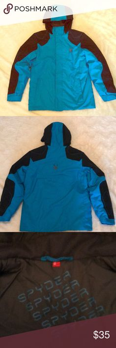 Boys Spyder Insulated Flyte Jacket Sz12 This jacket is awesome!! My son only wore it a few times when skiing. Electric blue and black. I love the color bc I could easily find him on the slopes. It was originally purchased at Dick's Sporting Goods. Will keep your son very warm without a ton of bulk😉.  More boys items in my closet....bundle for a discount💲 Spyder Jackets & Coats