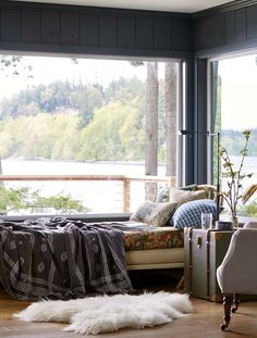 Tour Heidi Caillier's Vacation Home in Washington State - Vacation Home Buying Tips Bohemian Room Decor, Bohemian Apartment, Home Buying Tips, Fashion Room, Bed Frame, Beautiful Homes, House Beautiful, Family Room, Bedroom Decor