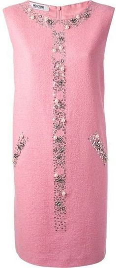 Spruce dress - lovely image Fashion Vestidos, Fashion Dresses, Boutique Moschino, Diy Dress, Beaded Embroidery, Dressmaking, Beautiful Outfits, Designer Dresses, Pink Ladies