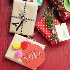 WOW with these wrapping effects! #Woolworths #Decoration #Christmas #Giftwrapping #Presents #Inspiration