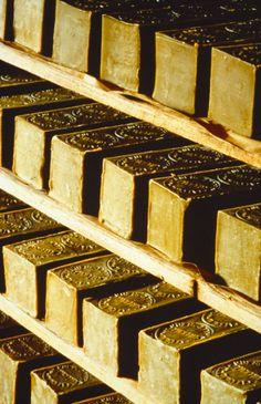 France, Bouches-du-Rhône, Salon-de-Provence, Savonnerie Marius Fabre. Marseille soap since 1900