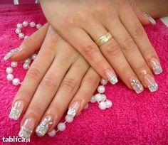 Śliczne piękne ładne paznokcie