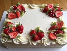 Cake decorating buttercream birthday icing recipe 33 new Ideas - Cake Decorating Simple Ideen Food Cakes, Cupcake Cakes, Cupcakes, Fruit Cakes, Cake Icing, Buttercream Cake, Super Torte, Patisserie Fine, Fresh Fruit Cake