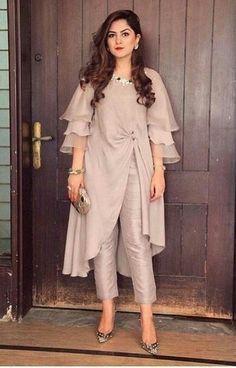 Party Wear Indian Dresses, Pakistani Dresses Casual, Designer Party Wear Dresses, Indian Gowns Dresses, Kurti Designs Party Wear, Indian Fashion Dresses, Pakistani Dress Design, Indian Designer Outfits, Pakistani Fashion Casual