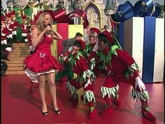 Mariah Carey - All I want for Christmas LIVE (Disney 2004) - YouTube