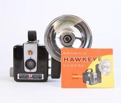 Vintage Kodak Brownie Hawkeye Flash Camera