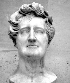 Georges Cuvier (1833) par Pierre-Jean David d'Angers (1788-1856) - Marbre - Musée du Louvre, Paris. Photo Hervé Leyrit.