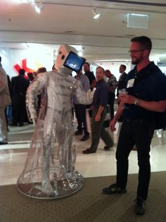 We tried but he only wanted to shake. RT @KItweets Have you hugged a KI Eye Droid today? ‪#neocon12‬ ‪#neoconography‬ pic.twitter.com/rv9oijbt  -- @HMFHarch