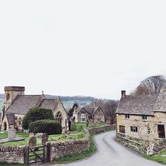 We're dreaming of a lazy day in #Cotswold, just like the one pictured here. Is there no better places for a long wintery walk and an evening by the fire?