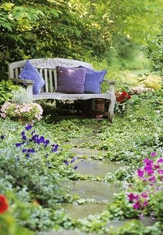 When my garden is ready I shall put a bench and comfy pillows, and when spring is here I shall read and read while the little birds serenade and the butterflies flutter around...it'll be magical!
